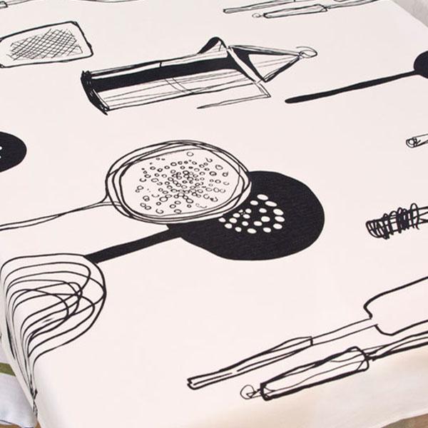 더스케치:키친 (블랙) 식탁보